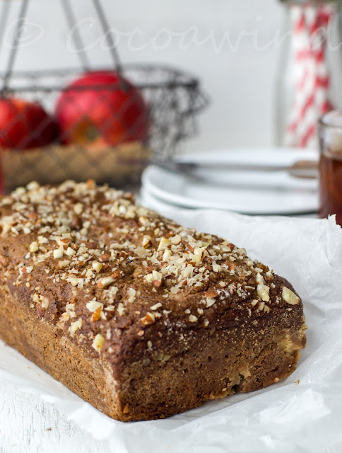 Whole-wheat Eggless Date-Apple Cake in a blender