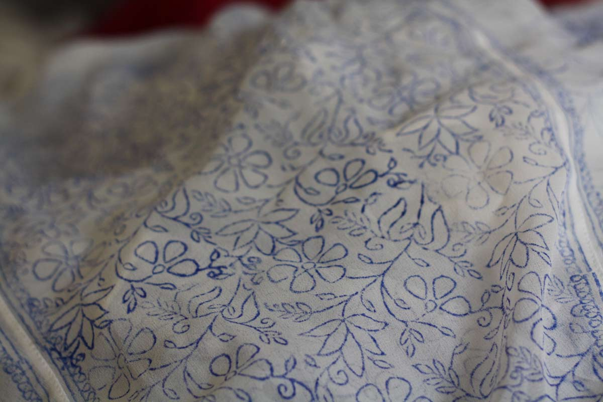 The Color Caravan Chikankari  A Delicate Embroidery Technique From Oudh