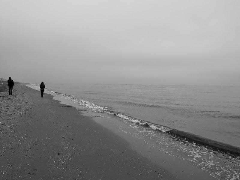 Mare di inverno. Riccione in bianco e nero