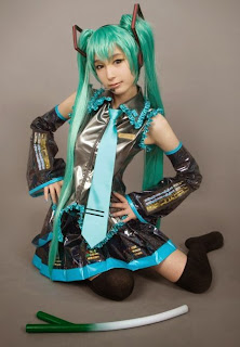 Vocaloid Hatsune Miku cosplay by Tasha