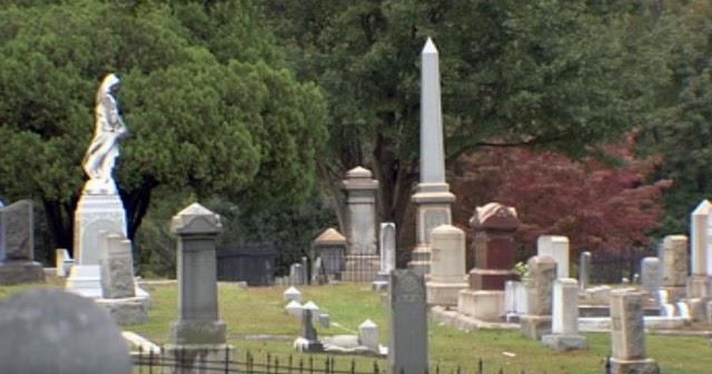 Haunted places of south carolina oakwood cemetery hell 39 s for Most haunted places in south carolina