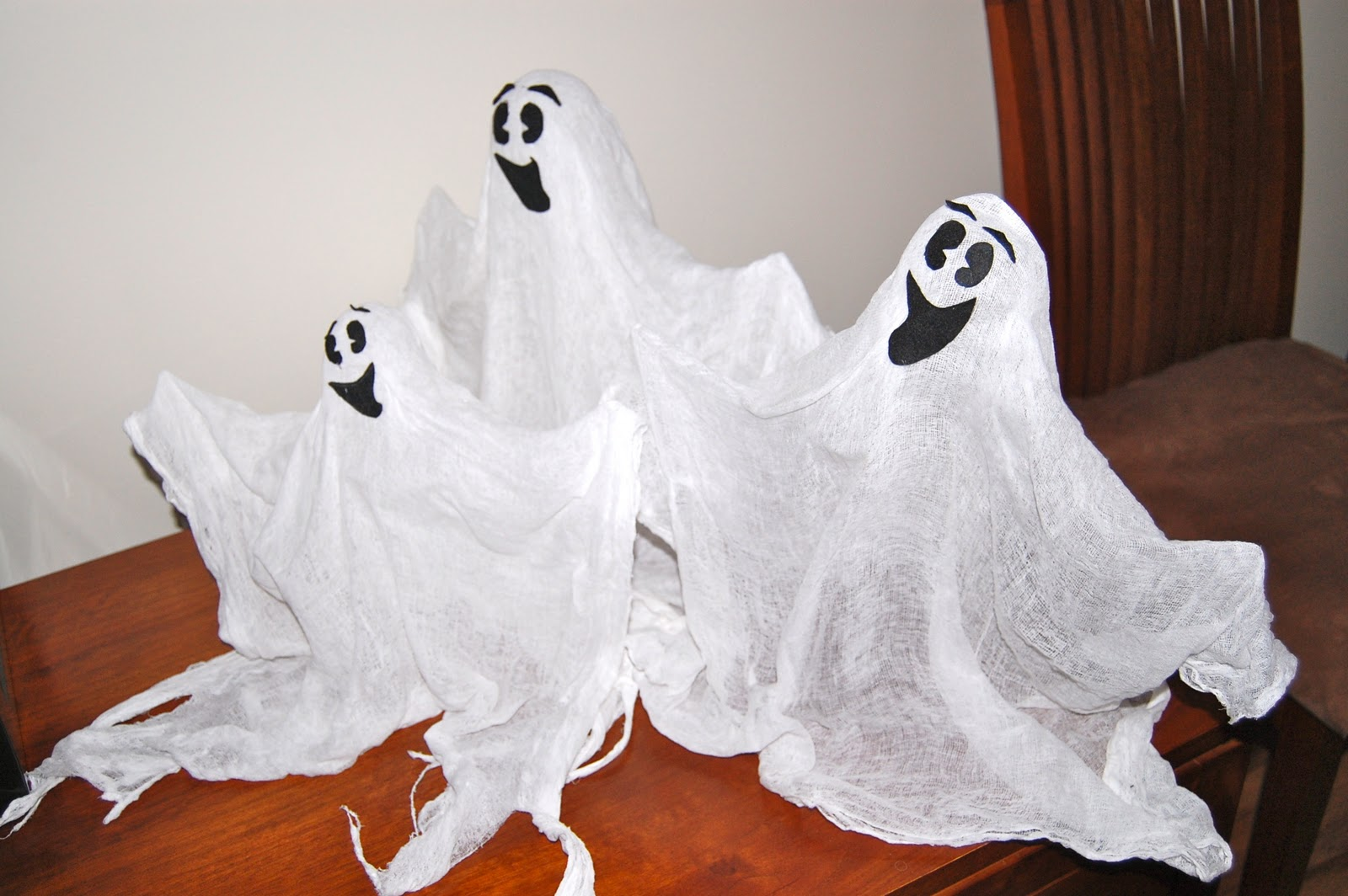 How To Make Halloween Ghost Decorations
