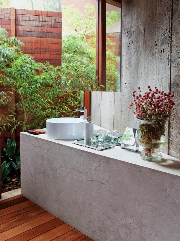 Banheiroslavabos com jardins de inverno e verticais – veja modelos