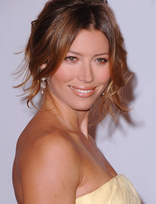 Jessica Biel Beautiful-800x600