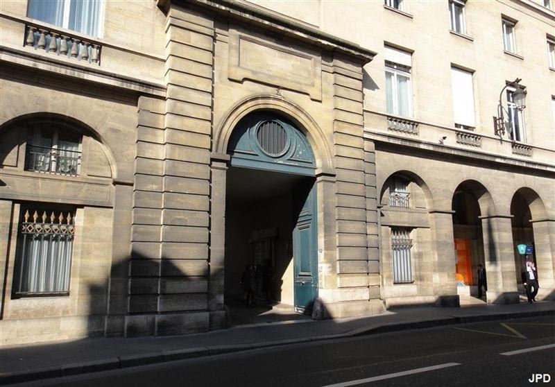 paris bise art four gallo romain du s nat rue de vaugirard. Black Bedroom Furniture Sets. Home Design Ideas