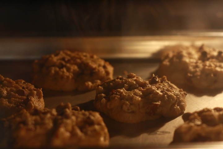 how long to bake cinnamon cookies in the oven?