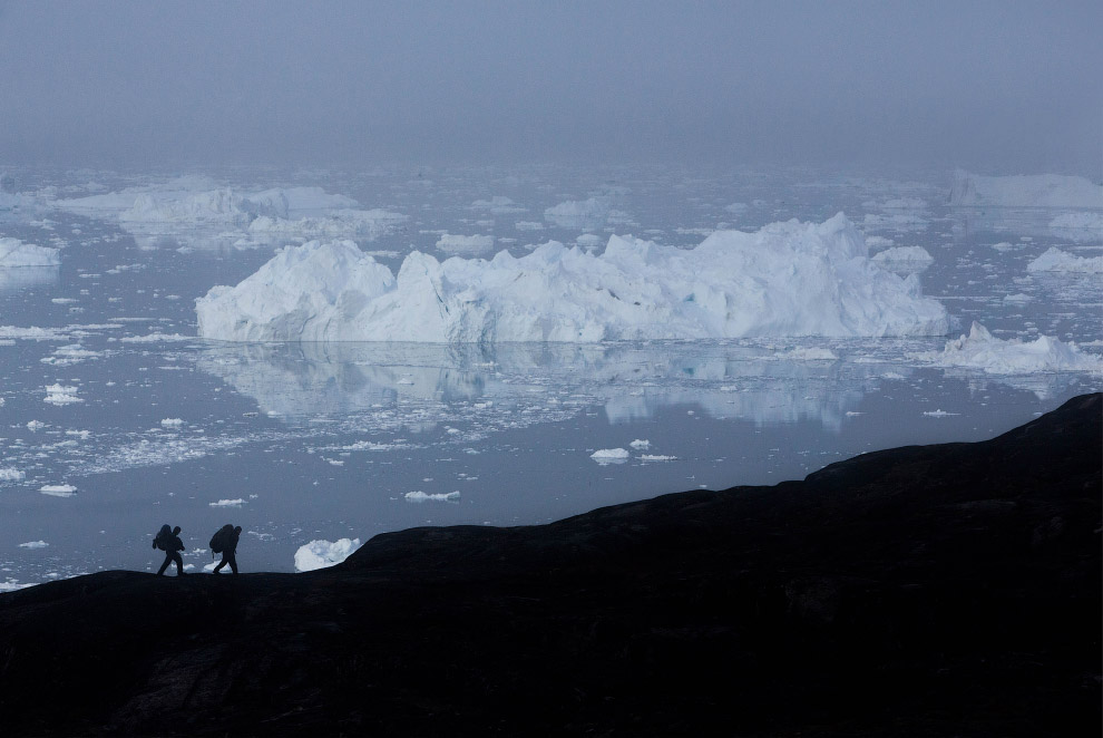 Гренландия - столица айсбергов (13 фото)