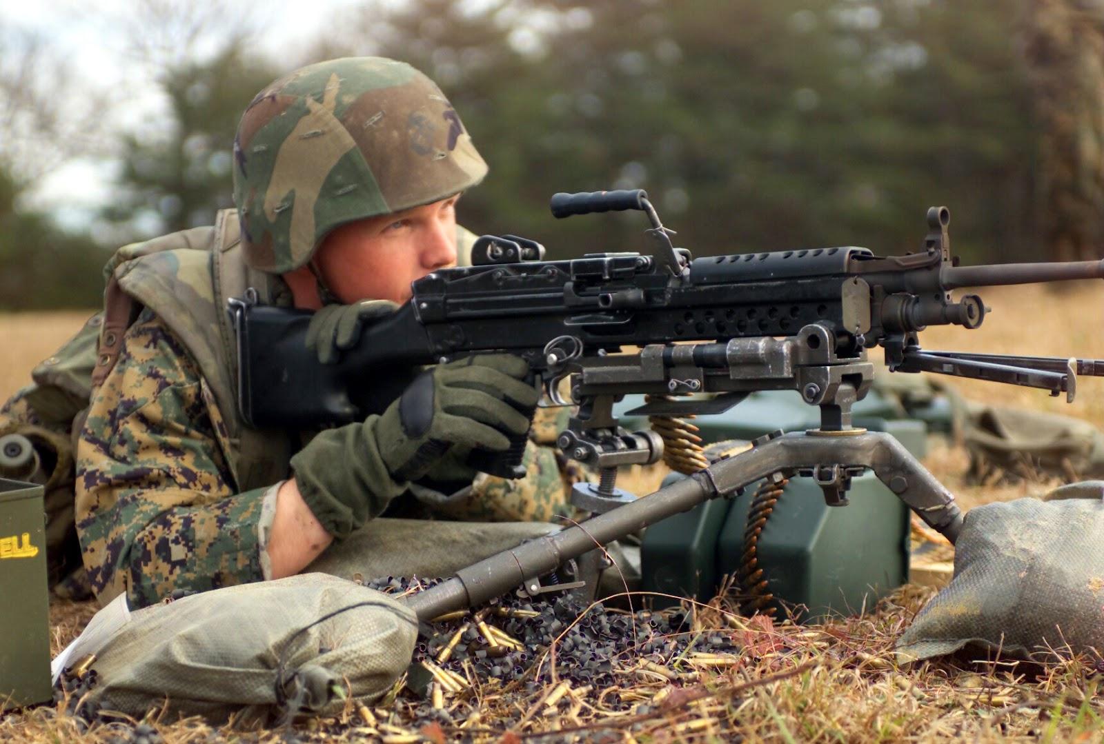 m 249 machine gun