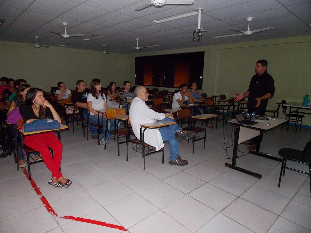 UNIFESO Teresópolis promoveu Café Científico debate a estrutura do SUS