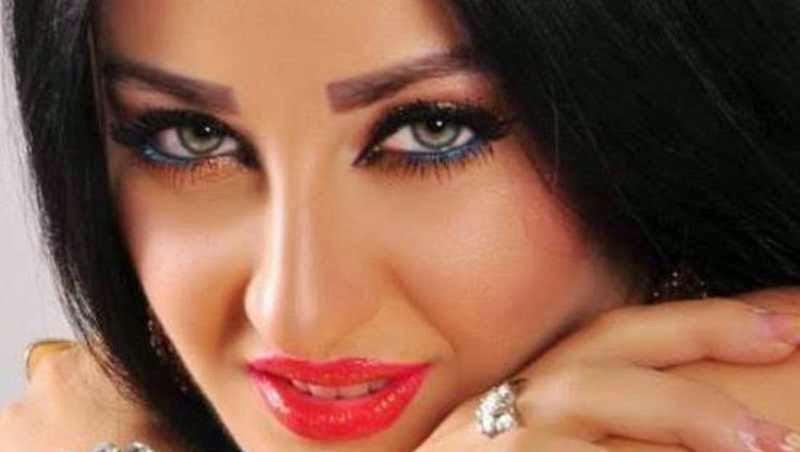 بلاغ ضد الراقصة صافيناز لمنعها من إحياء حفل في طنطا