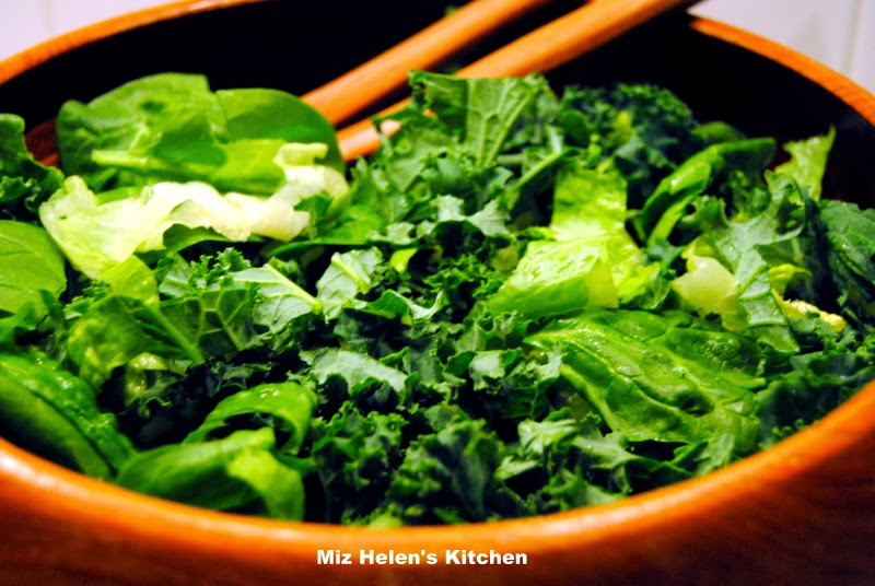 Green Tossed Salad at Miz Helen's Country Cottage