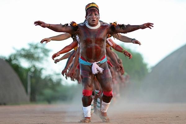 Khám phá bộ tộc thổ dân Yawalapiti thích ở truồng 2