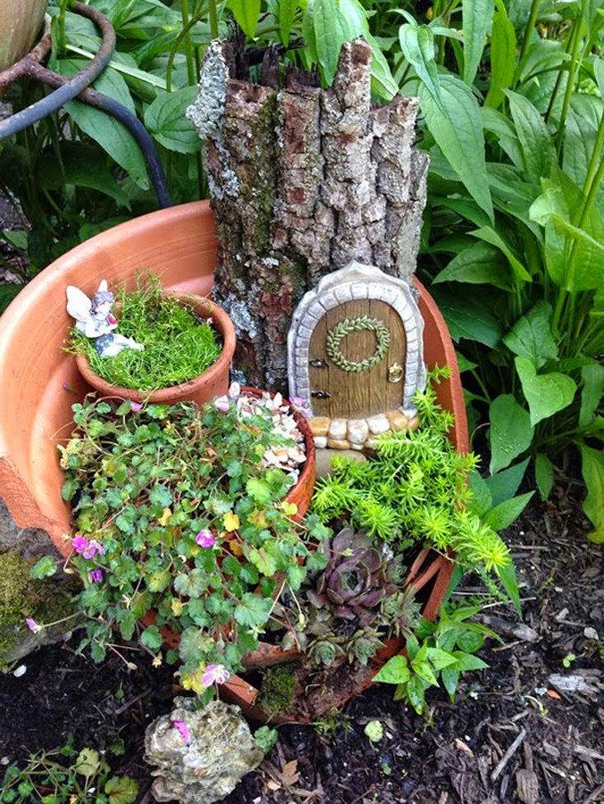 Jardines hechos con macetas rotas recicladas quiero m s - Macetas de jardin ...