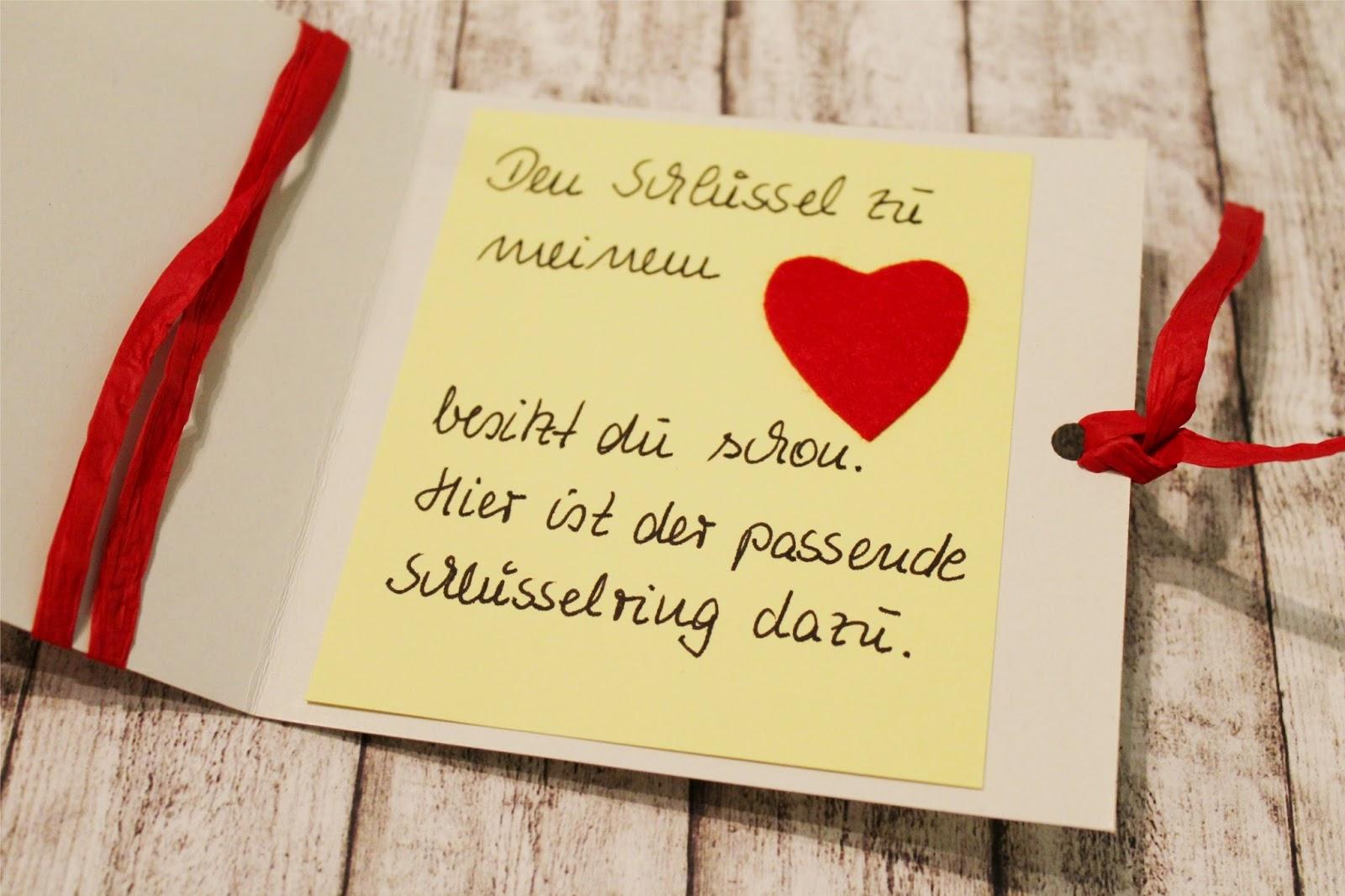 Selbstgebastelte Valentinstagskarte Schlüssel zu meinem Herzen