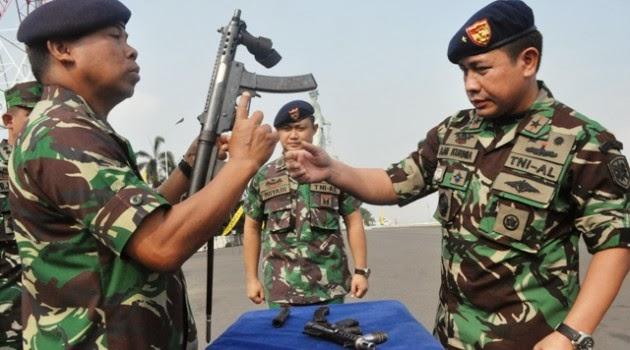 Opersi Tameng Hiu-13 TNI AL Gagalkan Penyelundupan Senapan MP5