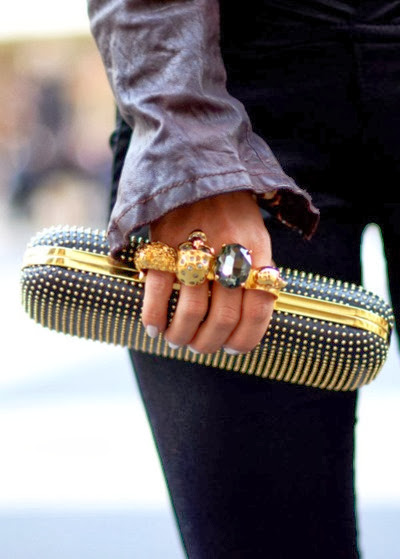 Street style gold 10
