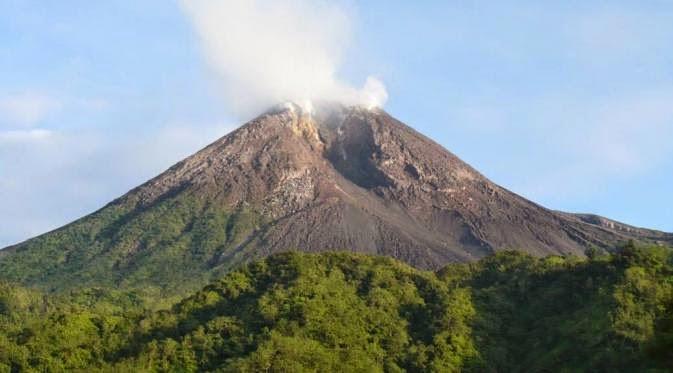 Gambar Gunung Merapi Meletus HD  Gambar Wallpaper Gratis
