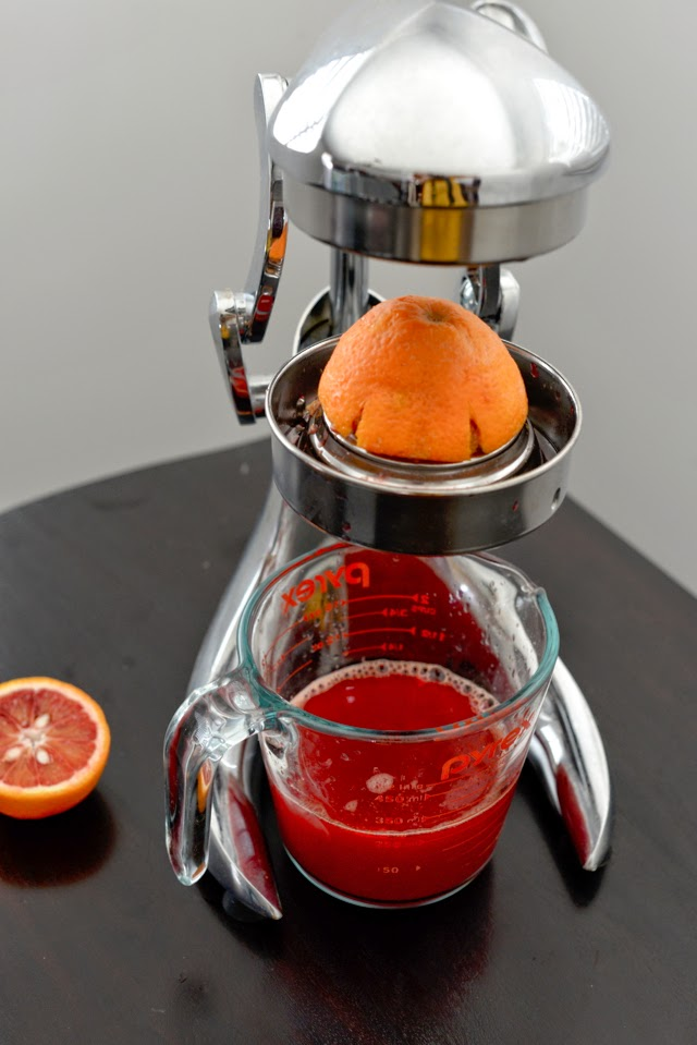 juicing blood oranges
