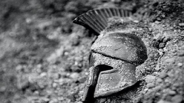 Λαός ανάξιος της ιστορικής συγκυρίας θα ακολουθήσει ΔΙΚΑΙΑ την πολύ σκληρή του μοίρα