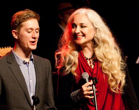 Orkestrets sangere fik besøg og oplevelse ud over det sædvanlige