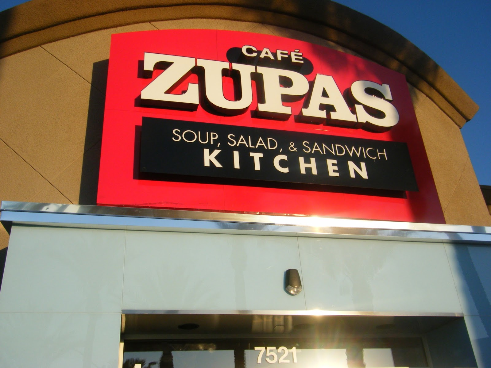 Mommie Of 2 Cafe Zupas Opens In Summerlin Nv