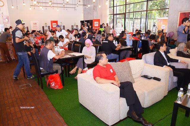 Media, bloggers and guests present at the Festival Ramadan Klang 2015 Media event