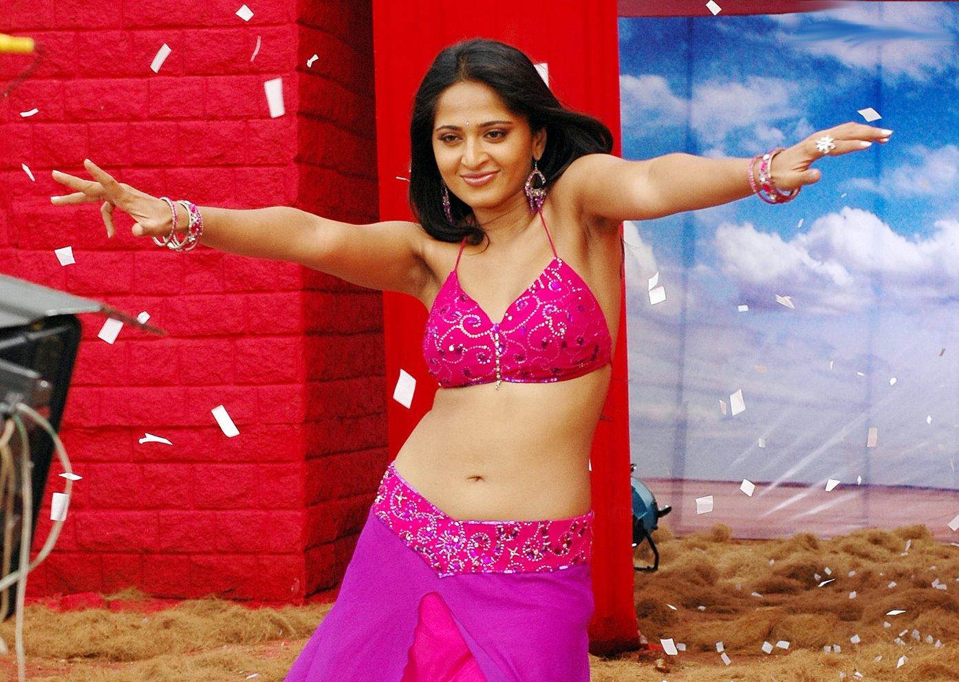 anushka shetty hottest navels of indian people