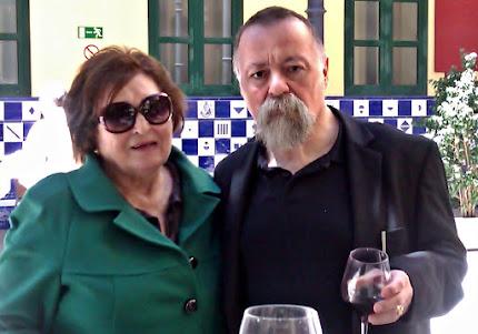 La escritora María Teresa Espasa y Pere Bessó