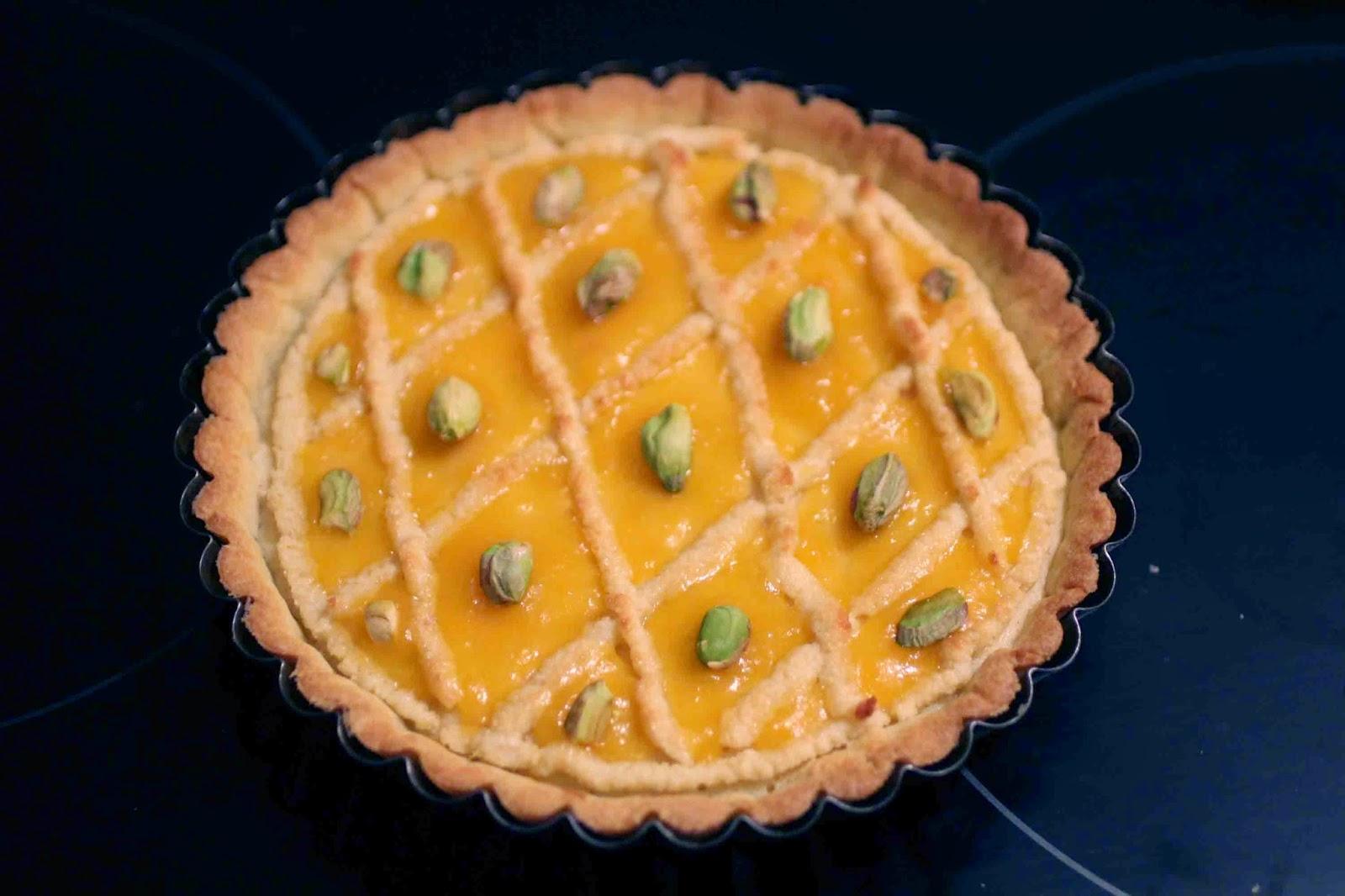 http://camilleenchocolat.blogspot.fr/2014/11/tarte-alcazar.html