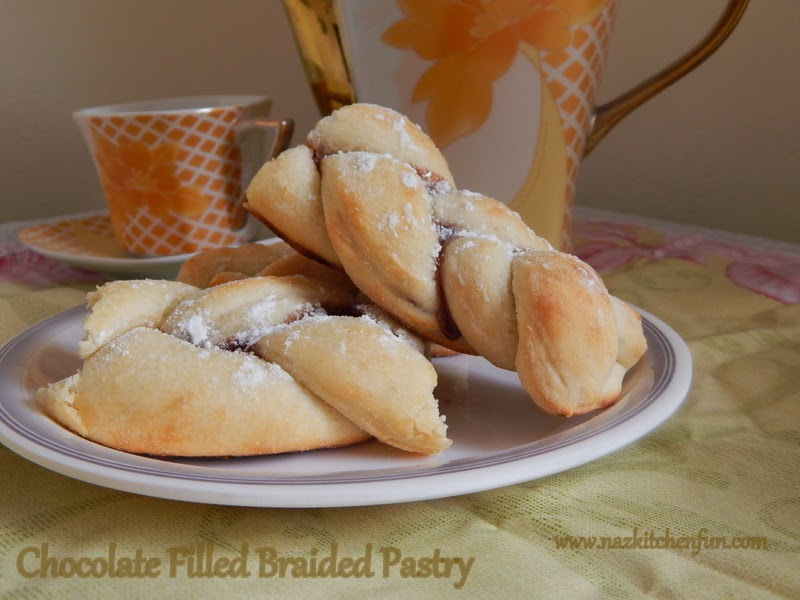 http://www.nazkitchenfun.com/2013/08/eggless-chocolate-filled-braided-pastry.html