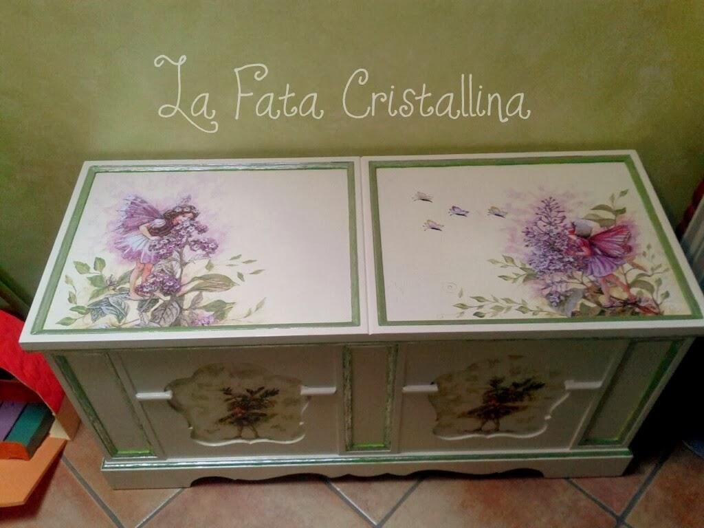 Creazioni e decorazioni handmadela fata cristallina - Cassapanca decorata ...