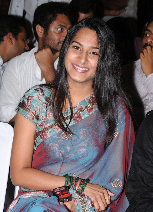 surekha vani saree photo gallery