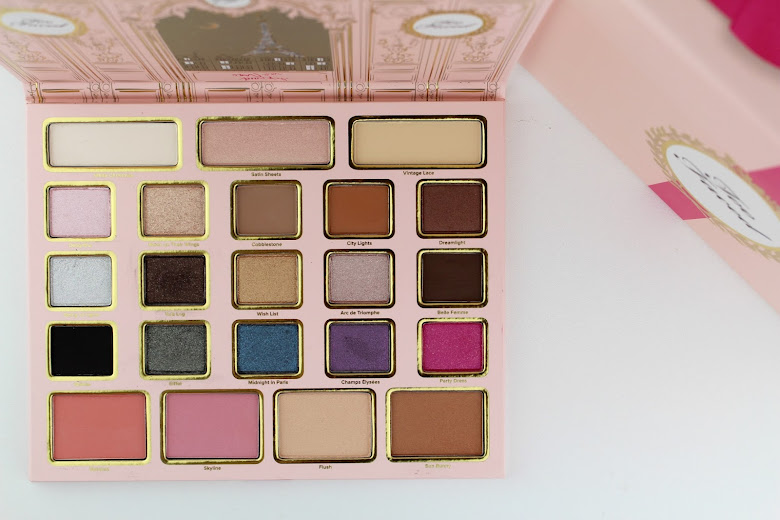 Idée Makeup coloré Grand Palais Too Faced makeup rose vert gris