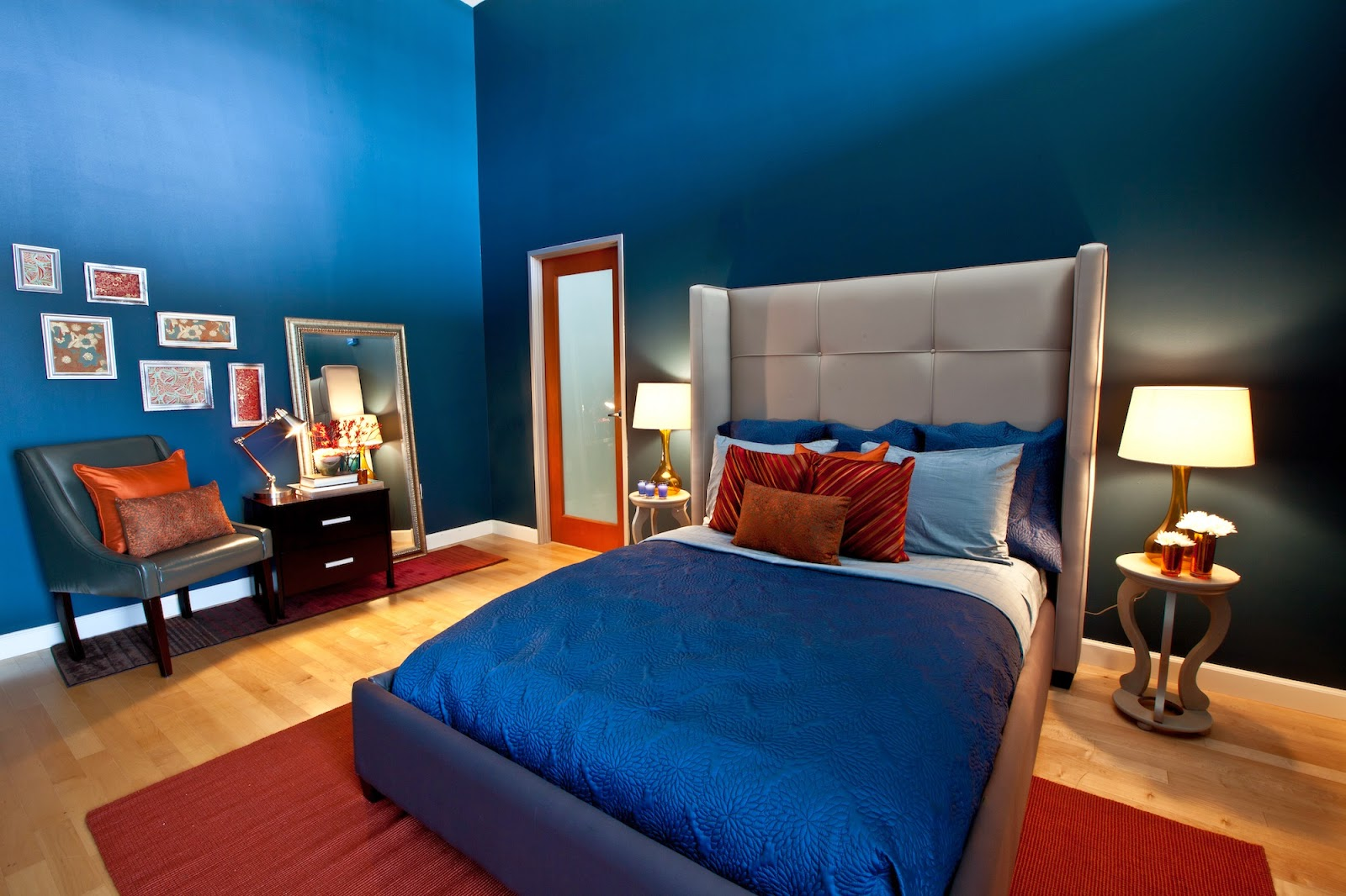 ide desain cat kamar tidur utama warna biru