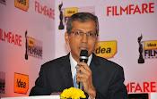 Dhanush at Idea film fare awards-thumbnail-1