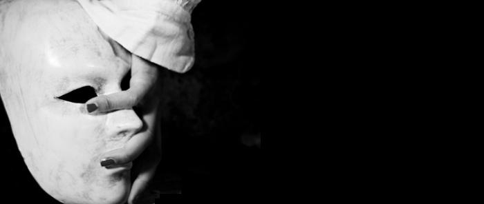 Spettacoli di Teatro a Milano: L'abito non fa la sorella allo Studio Frigia Cinque