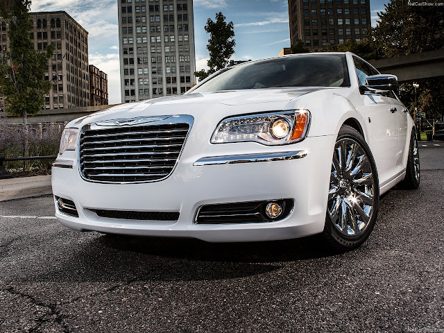 Chrysler 300 Motown Edition Wallpaper