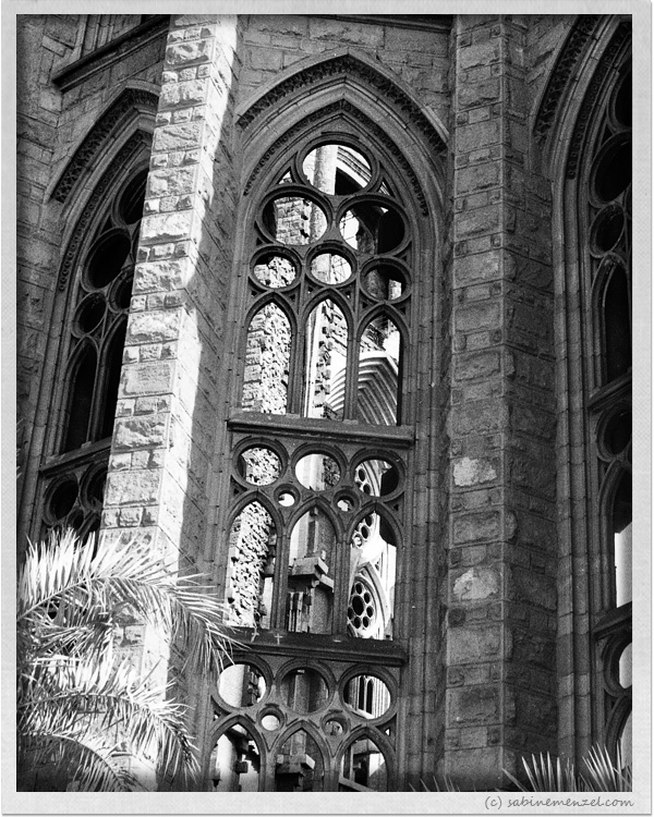 Psynopsis Barcelona Gaudi Church