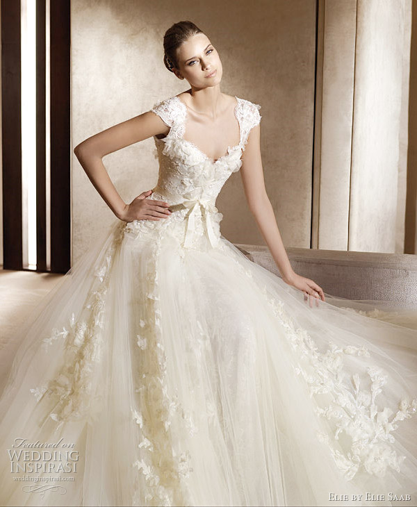 Petite Wedding Dresses With Sleeves – Lace Sleeve