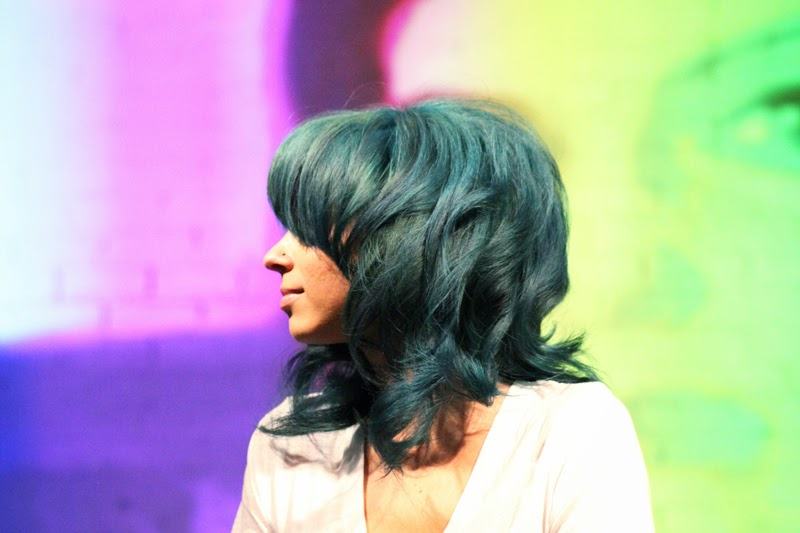 bellus-academy-beauty-changes-lives-come-2-gether-event-blue-hair
