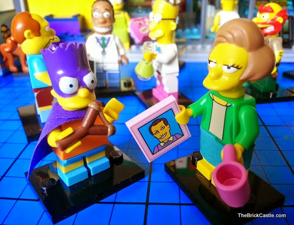 The Simpsons LEGO Minifigures Series 2 Edna Krabappel Bartman