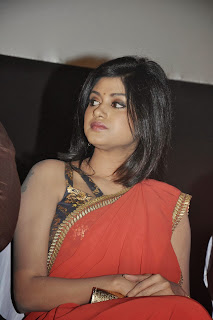 Actress Oviya Pictures in Red Saree at Madha Yaanai Koottam Movie Audio Launch 0005