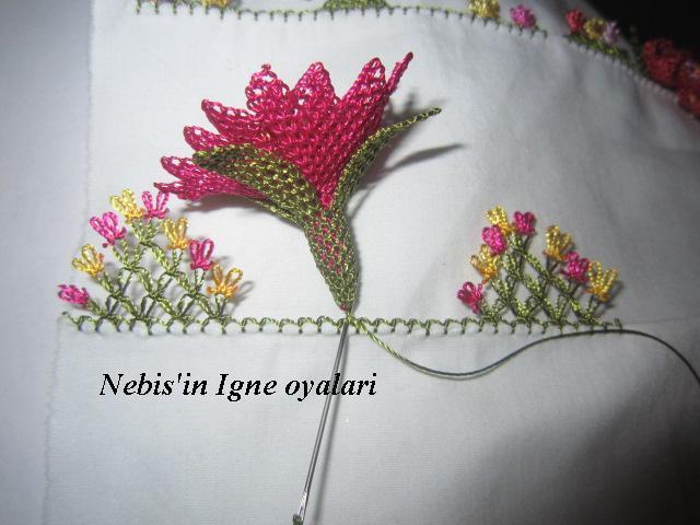 grey Anatımlı İğne Oyası Çiçek Yapılışı