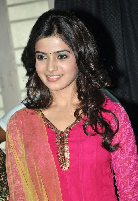 samantha beautiful in pink churidar cute stills