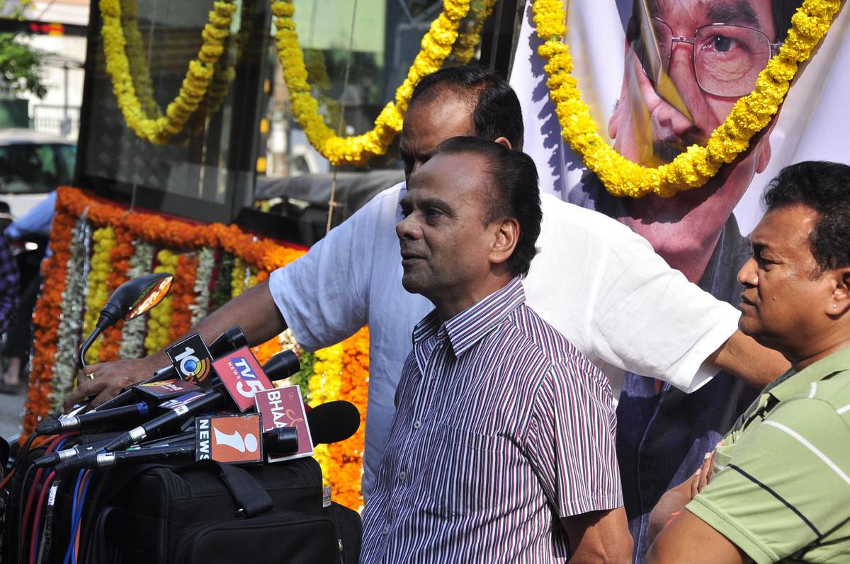 Kondavalasa Laxmana Rao last regards-HQ-Photo-1