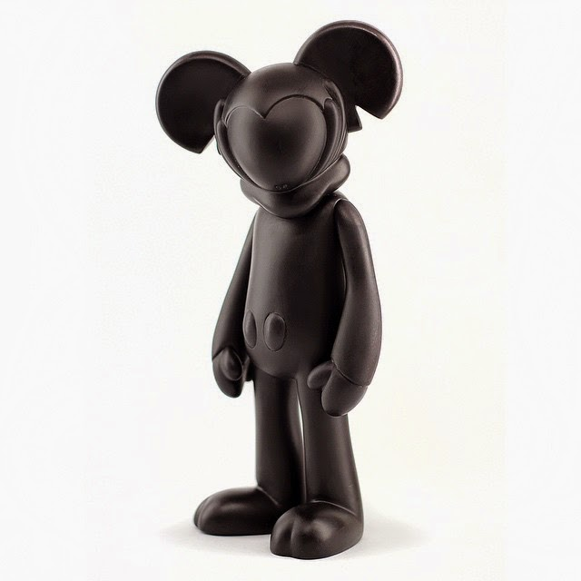 """Coma Black"" Edition Mickiv Vinyl Figure by Arkiv Vilmansa"