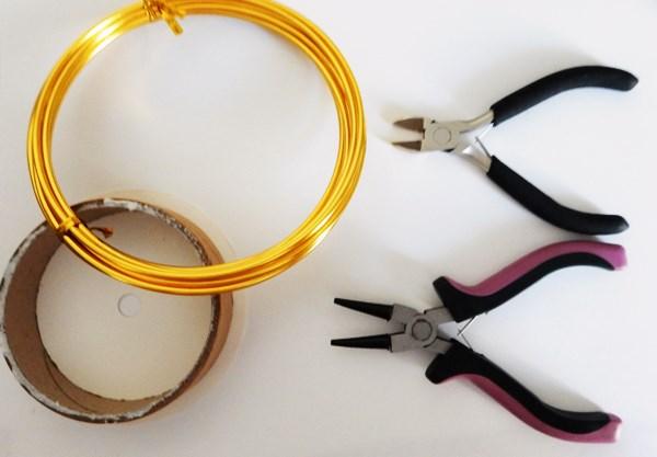 DIY : Couronne des rois en fil d'aluminium