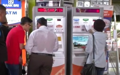 mesin tiket kereta api e-kiosk