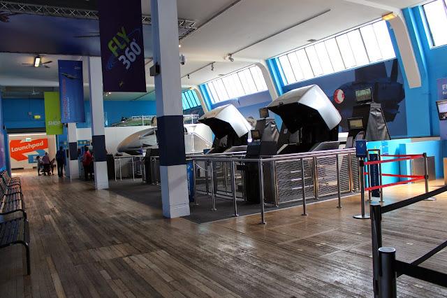 Simuladores de vuelo  Museo de Ciencias Naturales Londres
