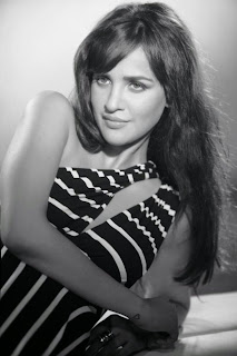 shivam movie heroine aisha sharma  Pictures 3.jpg
